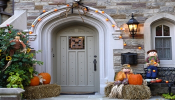 Top 10 Tricks and Treats to a Successful Move this Halloween!