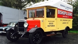Our historic Morris 1 tonne removal van completes 54th HCVS London to Brighton run