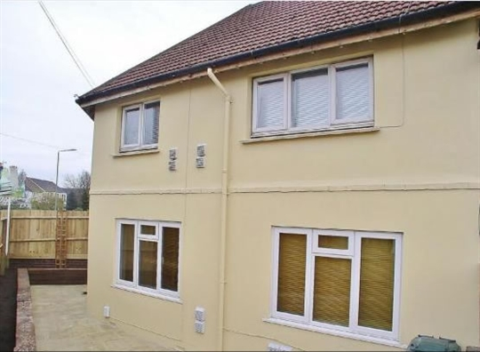 Price of a 2 bedroom flat in Portslade