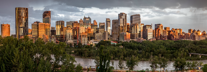 Moving to Calgary with Bishop's Move and enjoy the Skyline