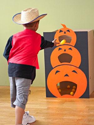 Pumpkin Toss Game - Thanksgiving